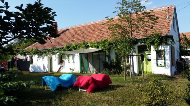 fuchshaus in pápoc, foto: irmgard kirchner